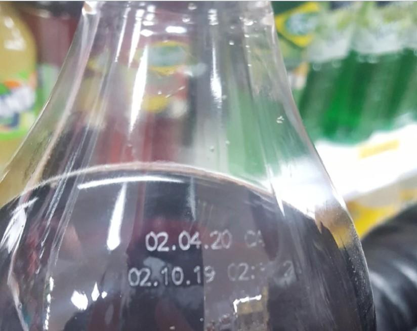 Как отличить поддельную Кока-колу от оригинальной