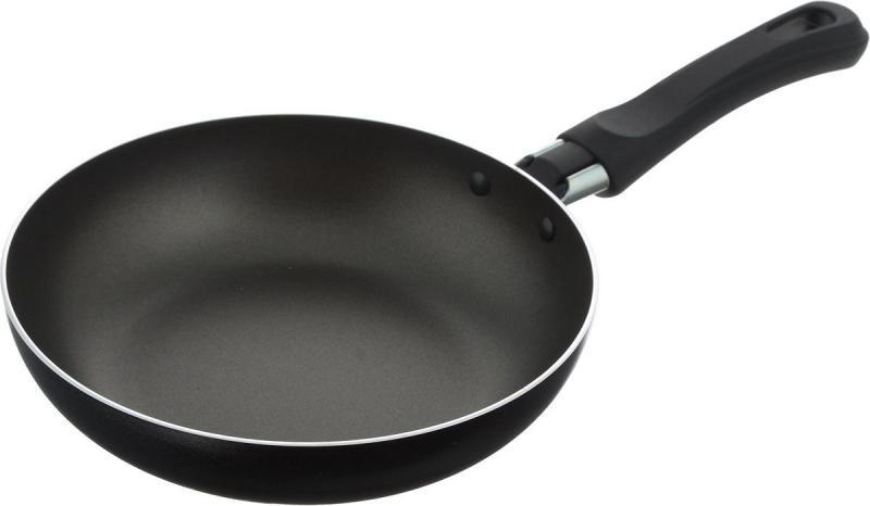 Какую сковородку лучше выбрать: керамическую или тефлоновую?