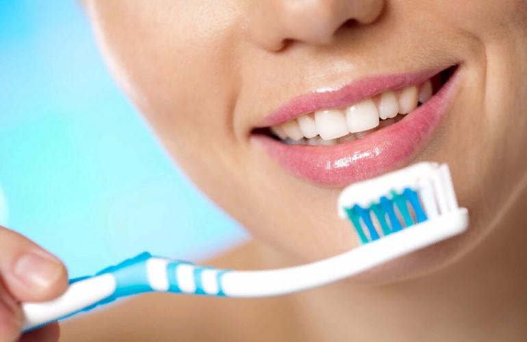 Антирейтинг зубных паст со фтором, на которые вы зря тратите деньги