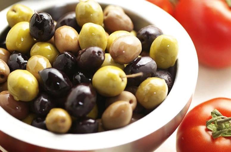 5 натуральных консервированных оливок, которые смело можно покупать