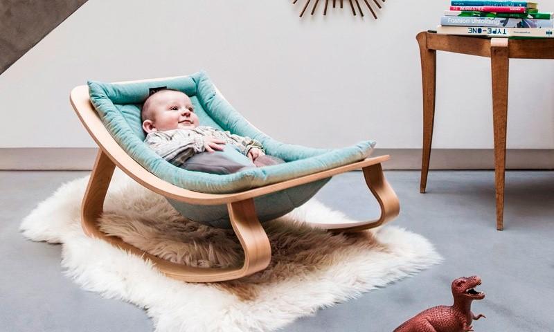 Новые вещи при рождении малыша: покупать или сэкономить