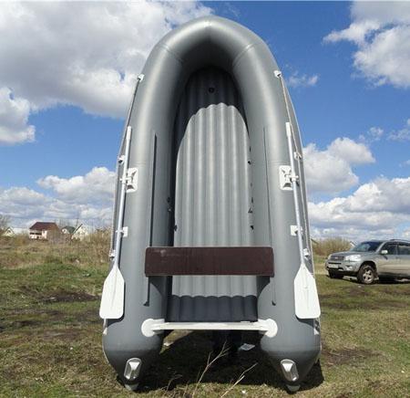 Лодка ПВХ с надувным дном: на что обращать внимание при покупке