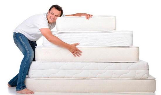 Как правильно выбрать качественный и удобный матрас на кровать