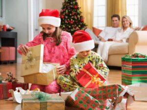 Выбор новогоднего подарка для ребенка