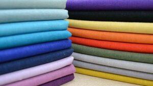 Выбор тканей для пошива осенней одежды