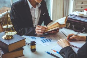 Зачем нужен адвокат бизнесу