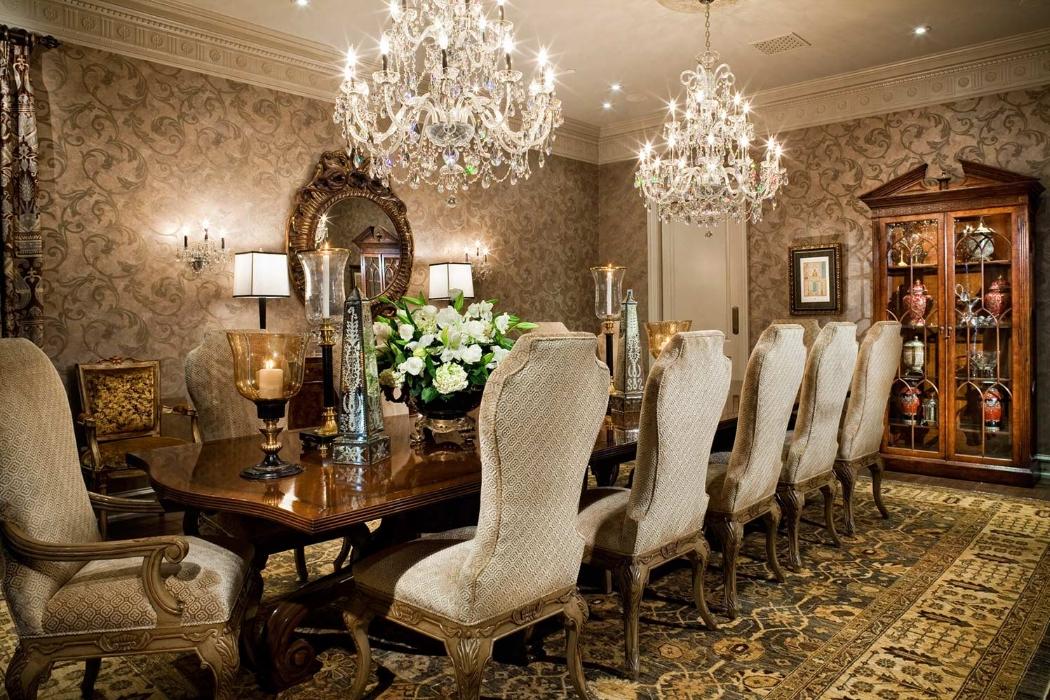 Элегантные итальянские люстры в интерьере дома