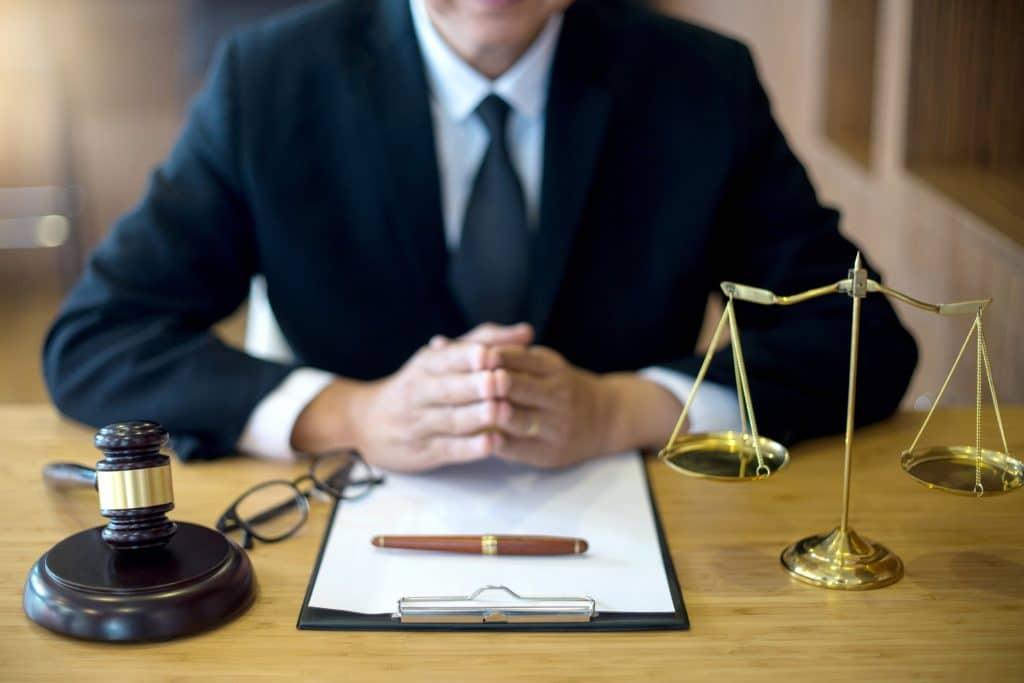 Консультация квалифицированного адвоката