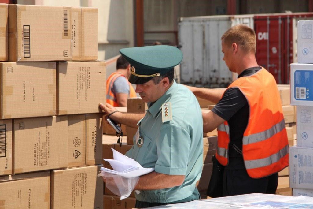 Доставка и таможенное оформление грузов