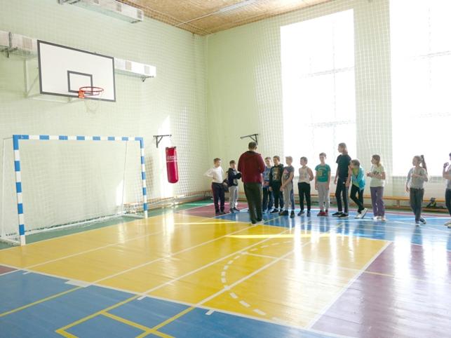 Спортивное оборудование для НУШ: как обустроить спортивный уголок для детей